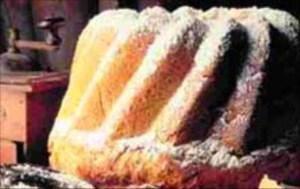 Kek kalıptan nasıl çıkar?
